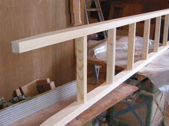 Как быстро сделать приставную лестницу своими руками?
